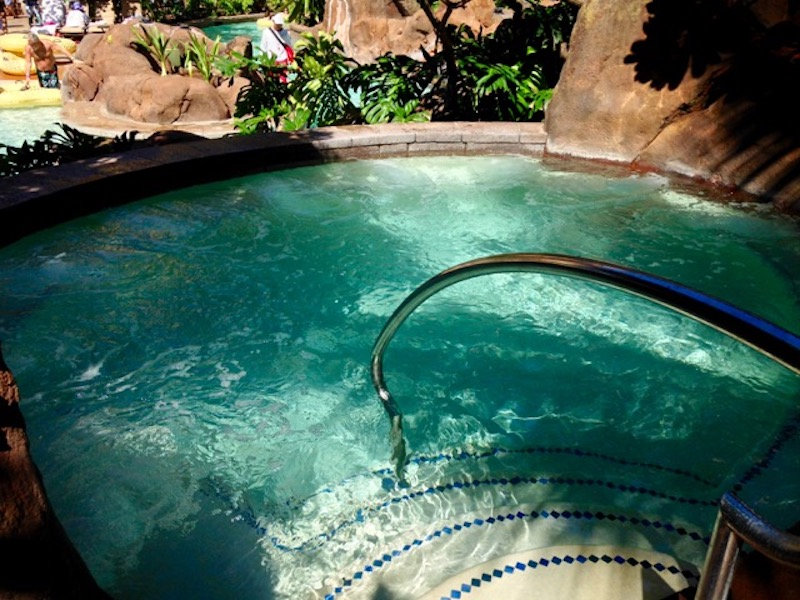 Waikolohe Stream Whirlpool spa
