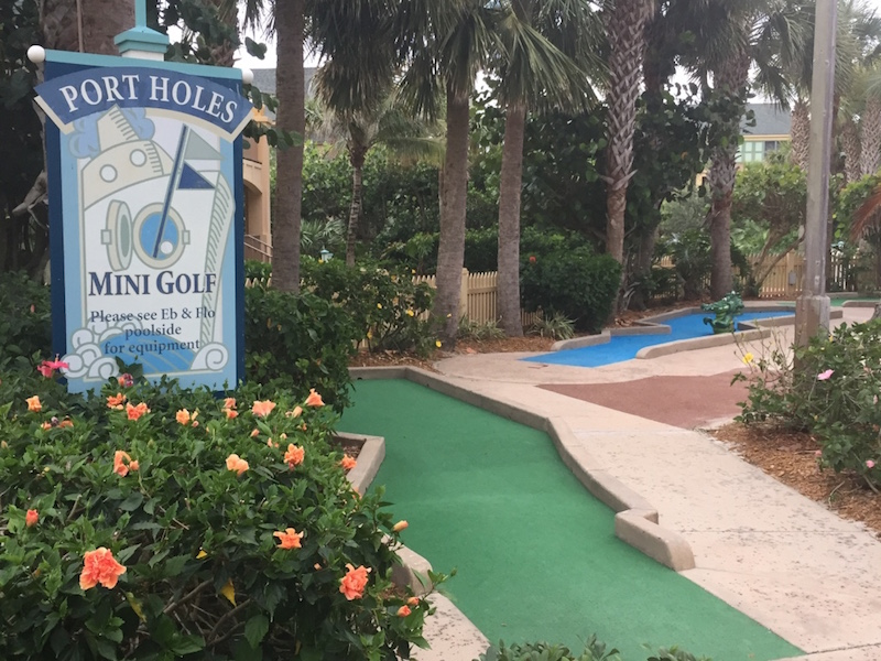 Port Holes mini golf